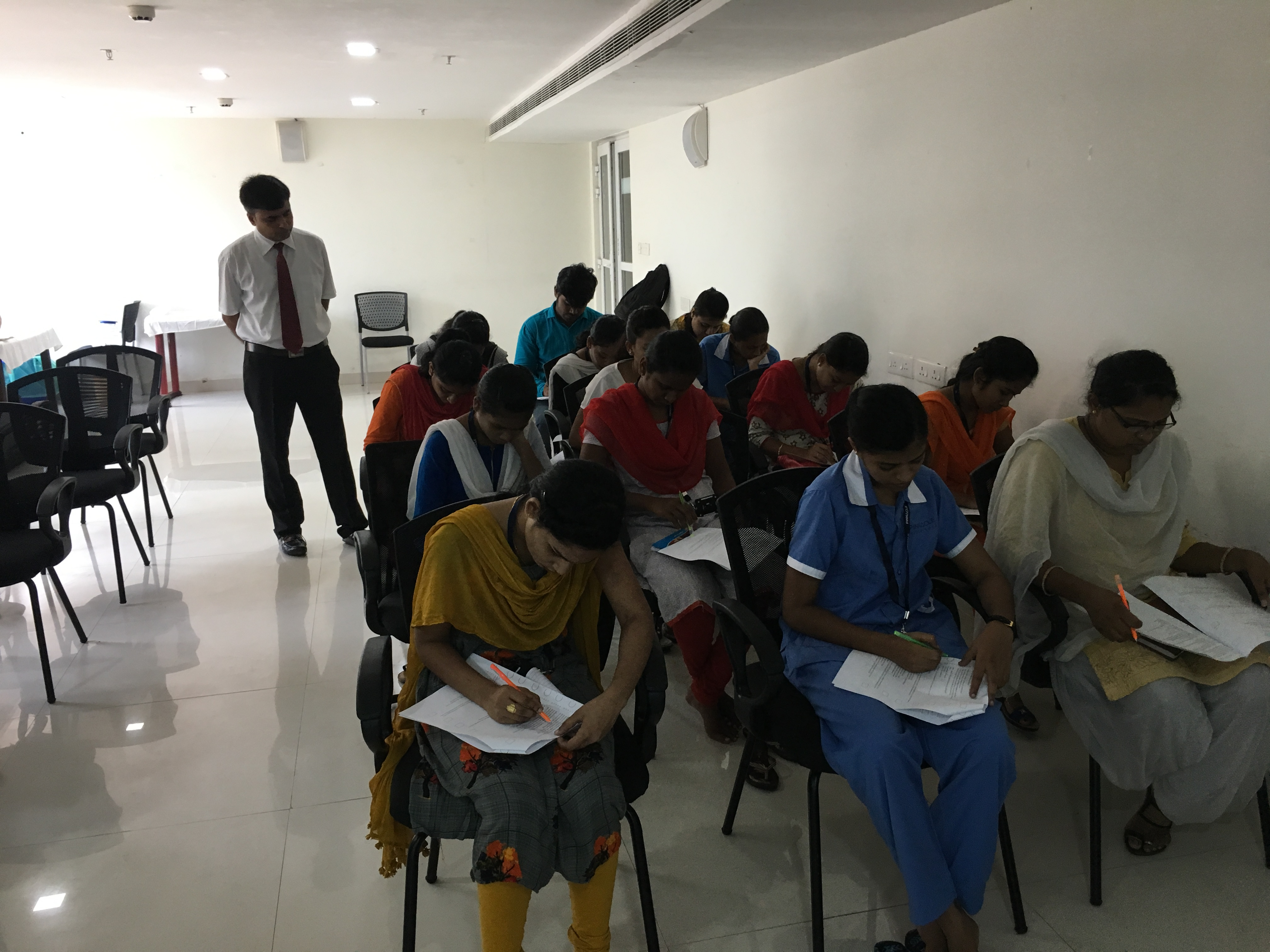 Critical Care Nursing training has held for nearly 20 students at Pinnacle Hospital Vizag on 15th&16th May 2019.